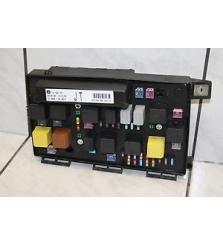 caja de fusibles Opel Astra H JT 1, 8 2005 GM13242781 GM 13 242 781 13242781JT HELLA 5DK00946410 5DK 009 464-10
